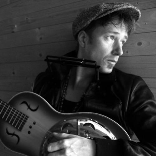 Stef Kamil Carlens's avatar