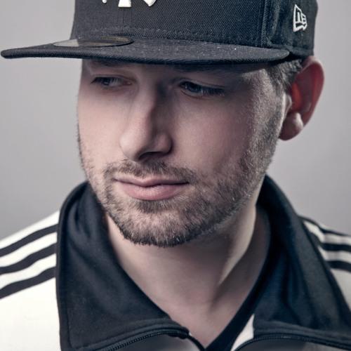 DJ FRIZZEE's avatar