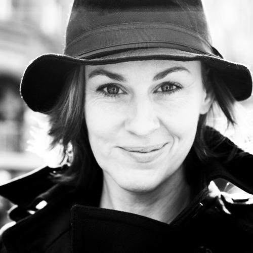 Eva Music's avatar