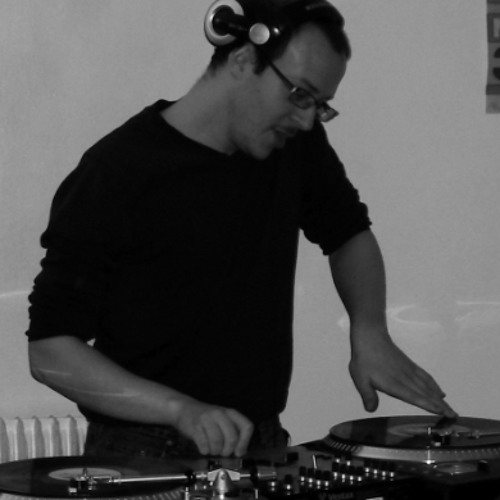 DJMojo75's avatar