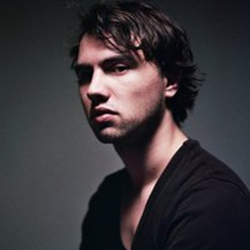 Erik Flohr's avatar