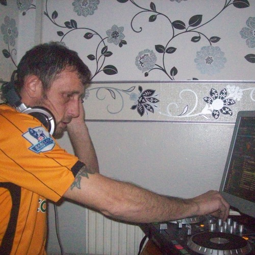 dj pathavenraver 2011's avatar