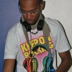 DJ CHRIS (972)