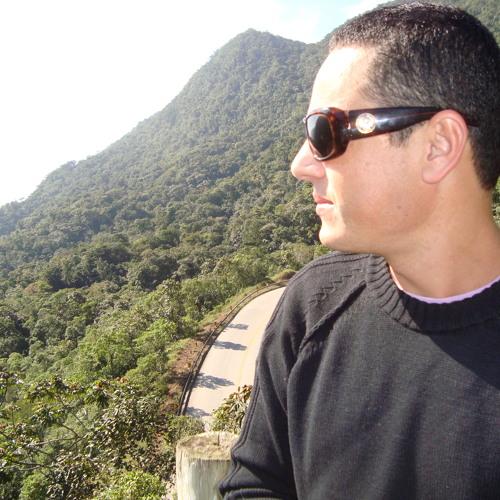 rafa castilho's avatar