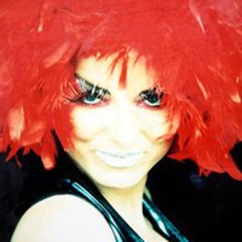 Kyra Xavia's avatar