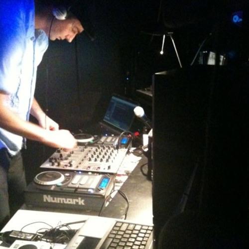 DJ RITZ's avatar