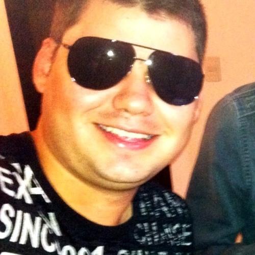 lenno15's avatar