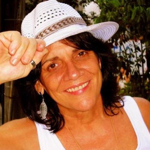 Simone Saback Demos's avatar