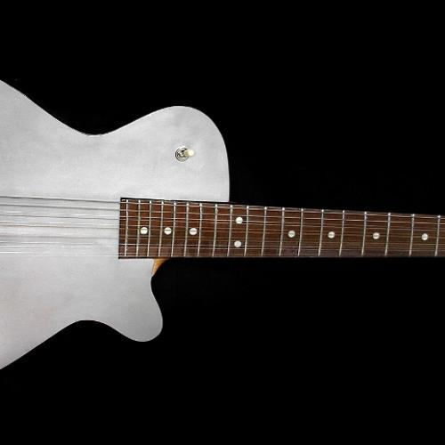 Inox Guitars's avatar