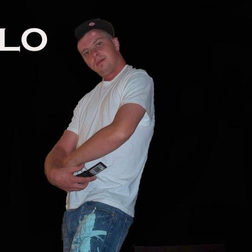 V-Lo's avatar