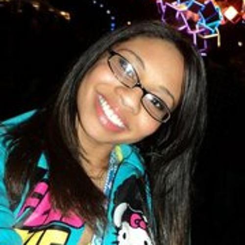 elizabethkhan's avatar