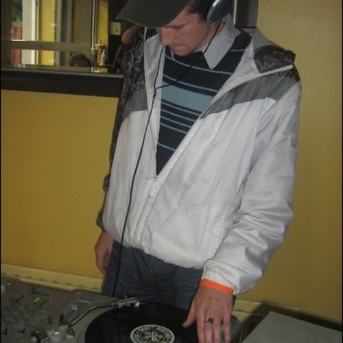 dj jim-e-c's avatar