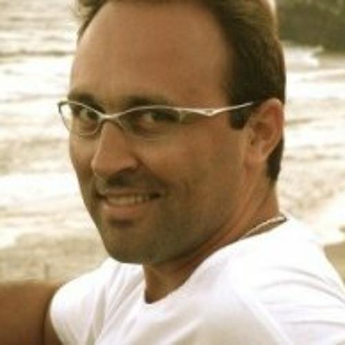 luizmonteiro's avatar