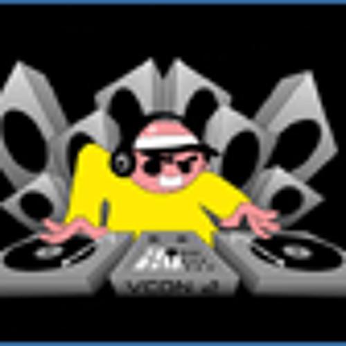 DJ Nau's avatar