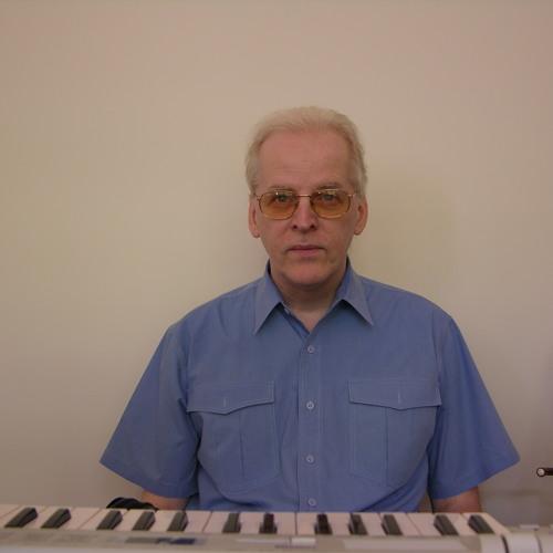 Julius Bucsis's avatar