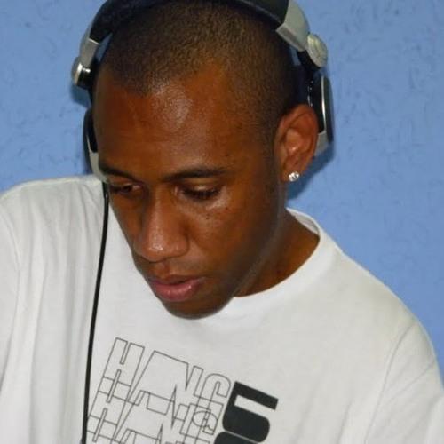 DJ Julio C.'s avatar