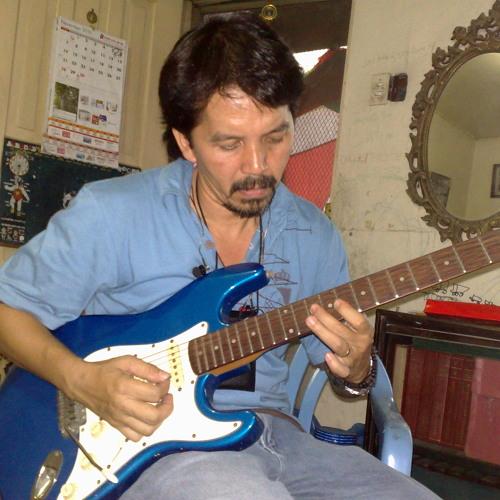 Lorenzo Gomez's avatar