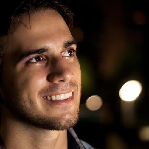lucassolaris's avatar