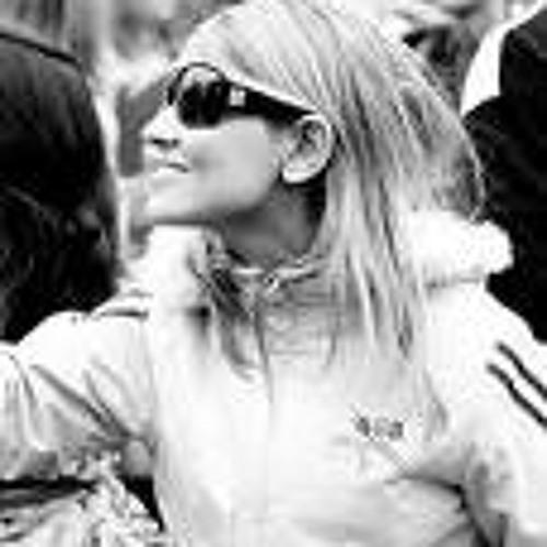 Lissandra Goi's avatar