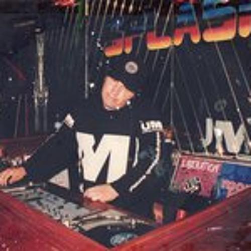 dj mr wilson's avatar