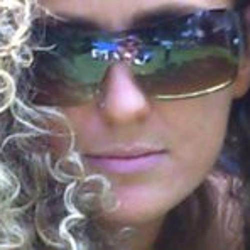paula-hamill's avatar