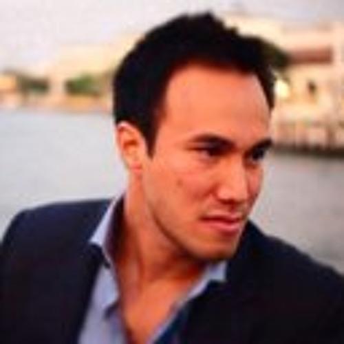 prom-sirisant's avatar