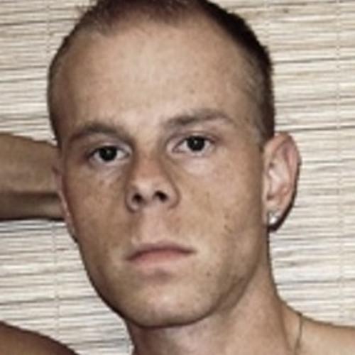 DJ Robert V.'s avatar