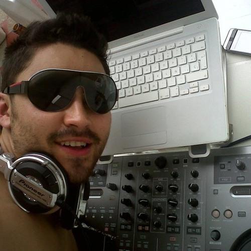 andrespacheco's avatar