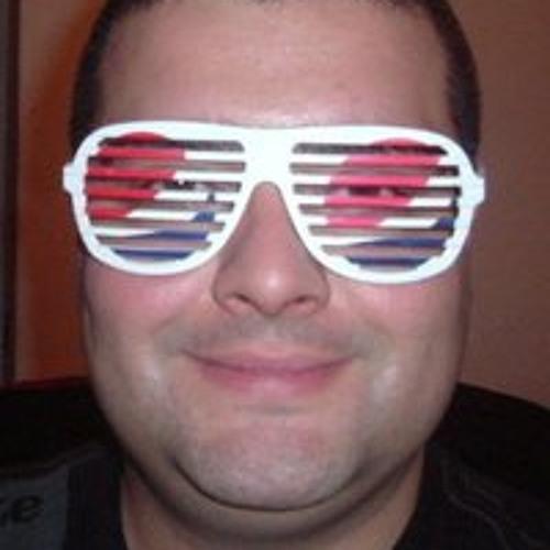 Gabriel Simão's avatar