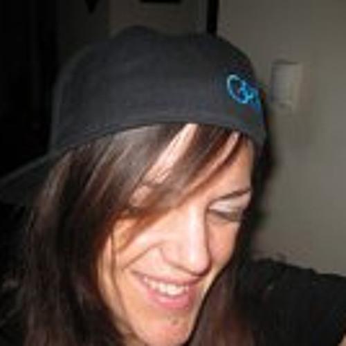 carrie-kirk's avatar