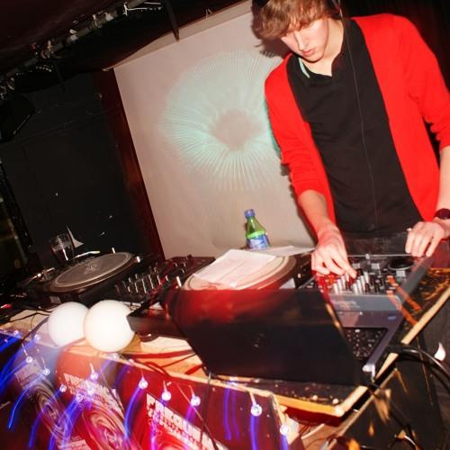 DJ Mosey's avatar