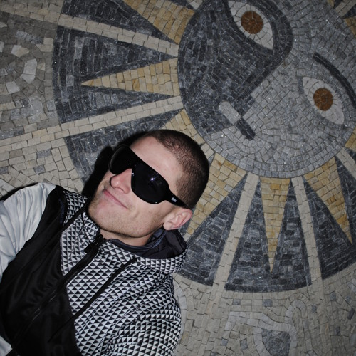 Daniel Ivanov's avatar