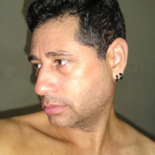 DJ Klaudjo's avatar