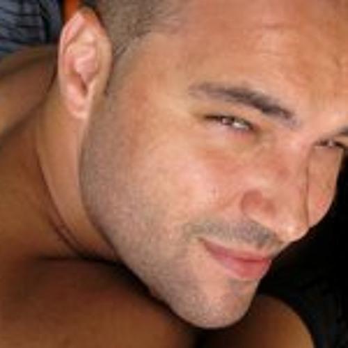 celestino-macedo's avatar