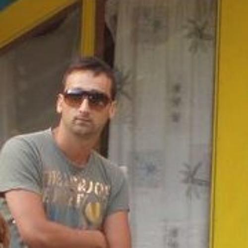 Erdi Kuburi's avatar