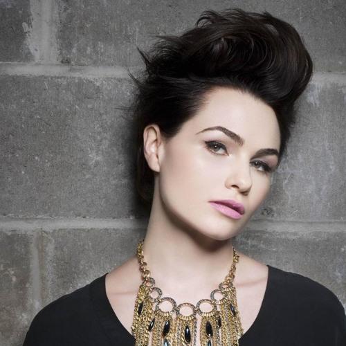 Julie Bellamy's avatar