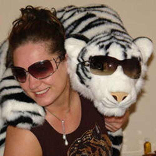 Larissa Japke's avatar