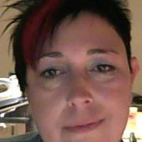 Joelle Aus Luxemburg's avatar