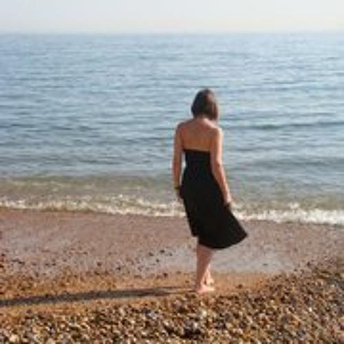 Sarah Marshall's avatar