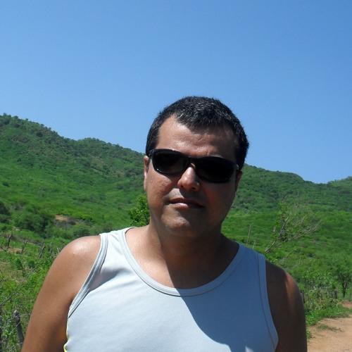 d.j magnokbala's avatar