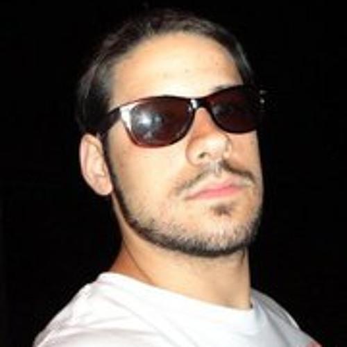 Fabian Ponce's avatar