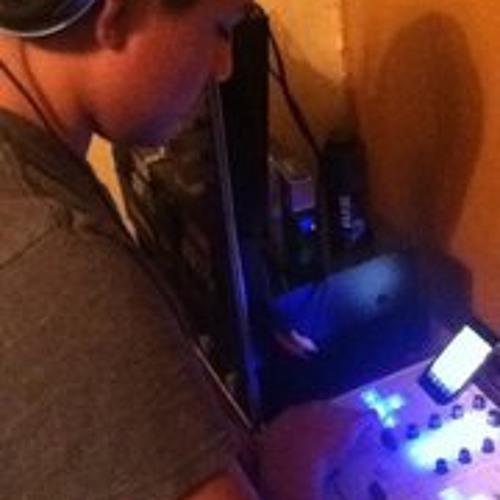 DJ 3XTATIC's avatar
