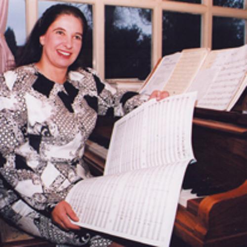 Louise Denny's avatar