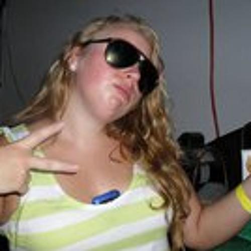Grace Zborek's avatar