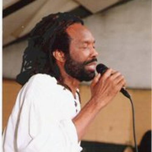 Miguel Paul's avatar