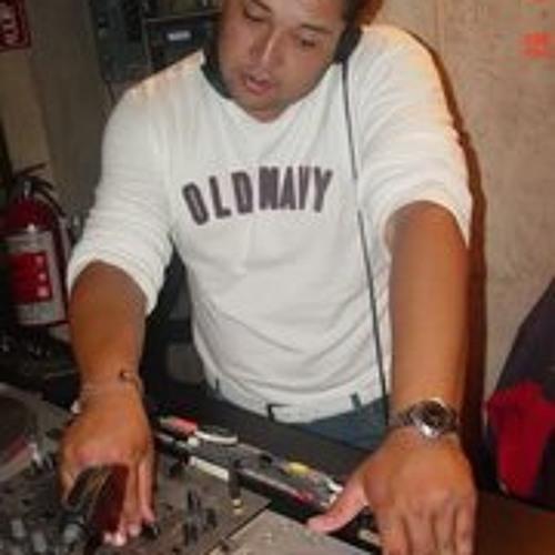 Alejandro Santamaria's avatar