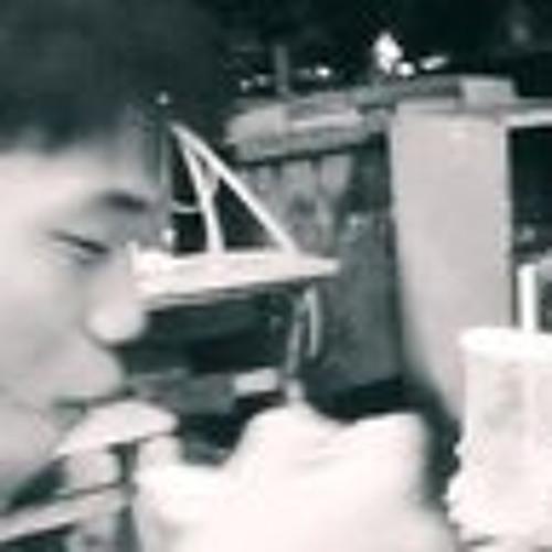 Michael Chen 1's avatar