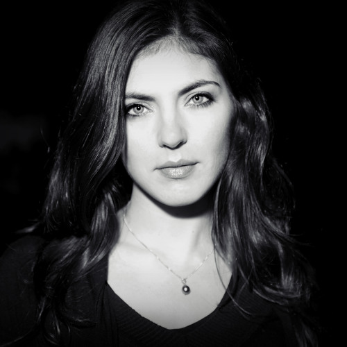 Celine Dos Santos's avatar