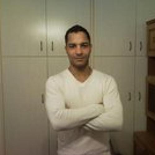 Ronaldo Zoltan's avatar