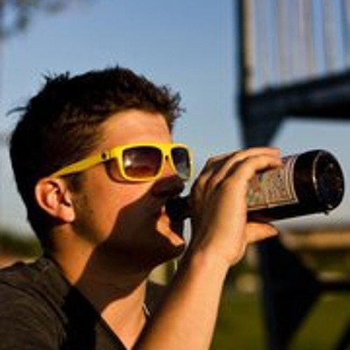 Bastian Singer's avatar